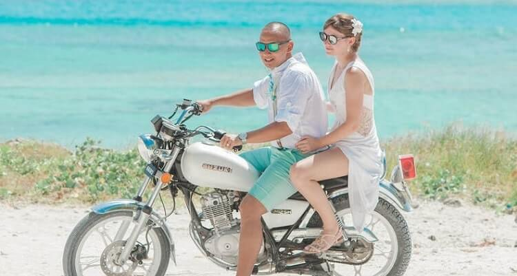 Best Oakley Sunglasses For Motorcycle Riding
